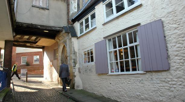 Fioletowe okiennice, Norwich, 2006