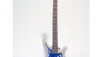 """Guitare miniature basse """"Blue flame"""" - Metallica"""
