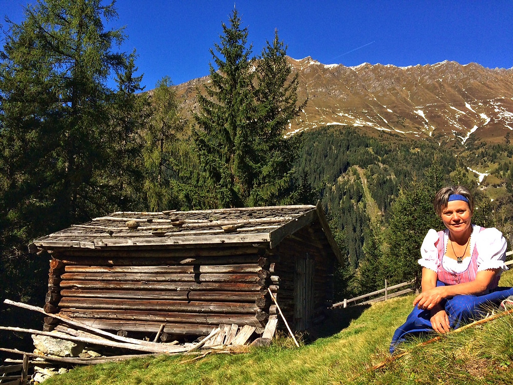 Auf dem Bergmahd Ocherloch im Sonntagsgewand.