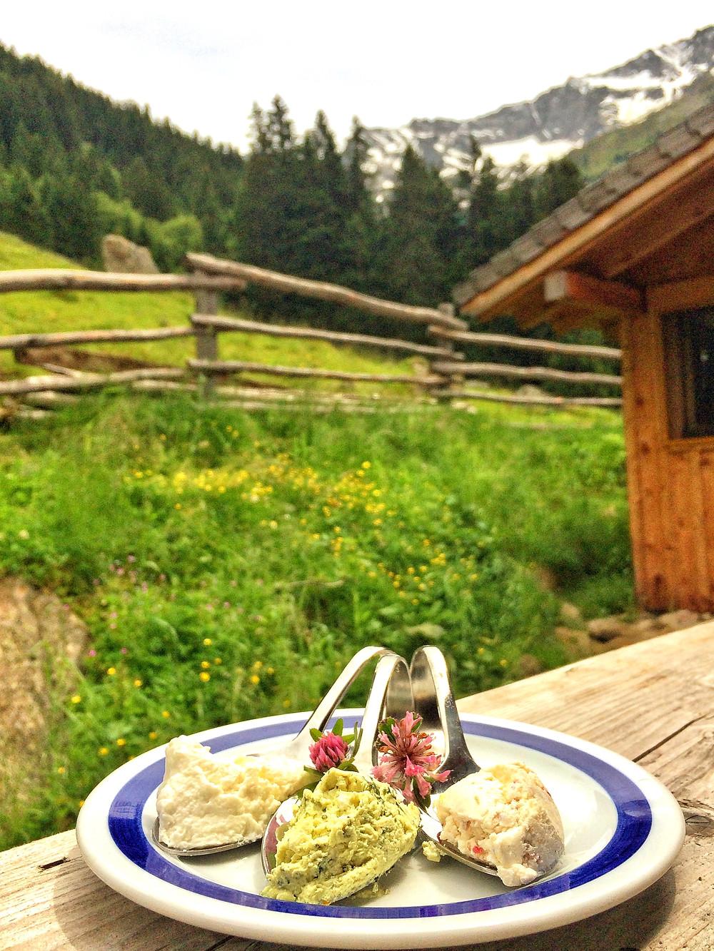 Helgas Ziegenkäse gehört zum Besten, was es in Tirol zu kaufen gibt.