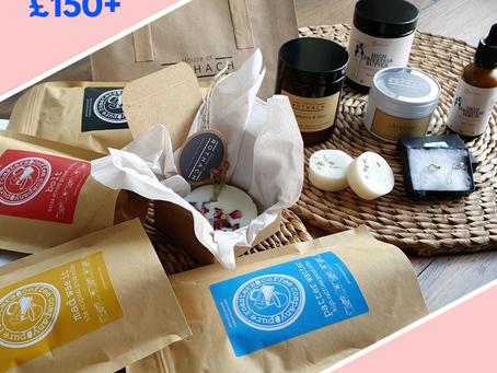 4 Business Collective Members Collaborate on £150 Giveaway