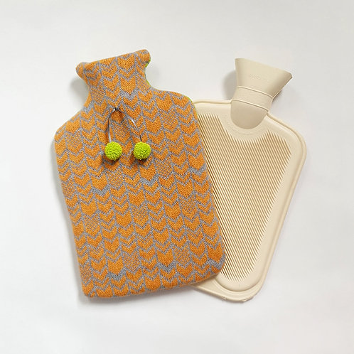 Chevron Lambswool 2 Litre Bottle Cover, Grey and Honey Bee
