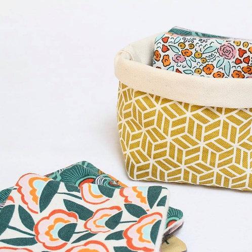 Set of 5 organic face pads & basket