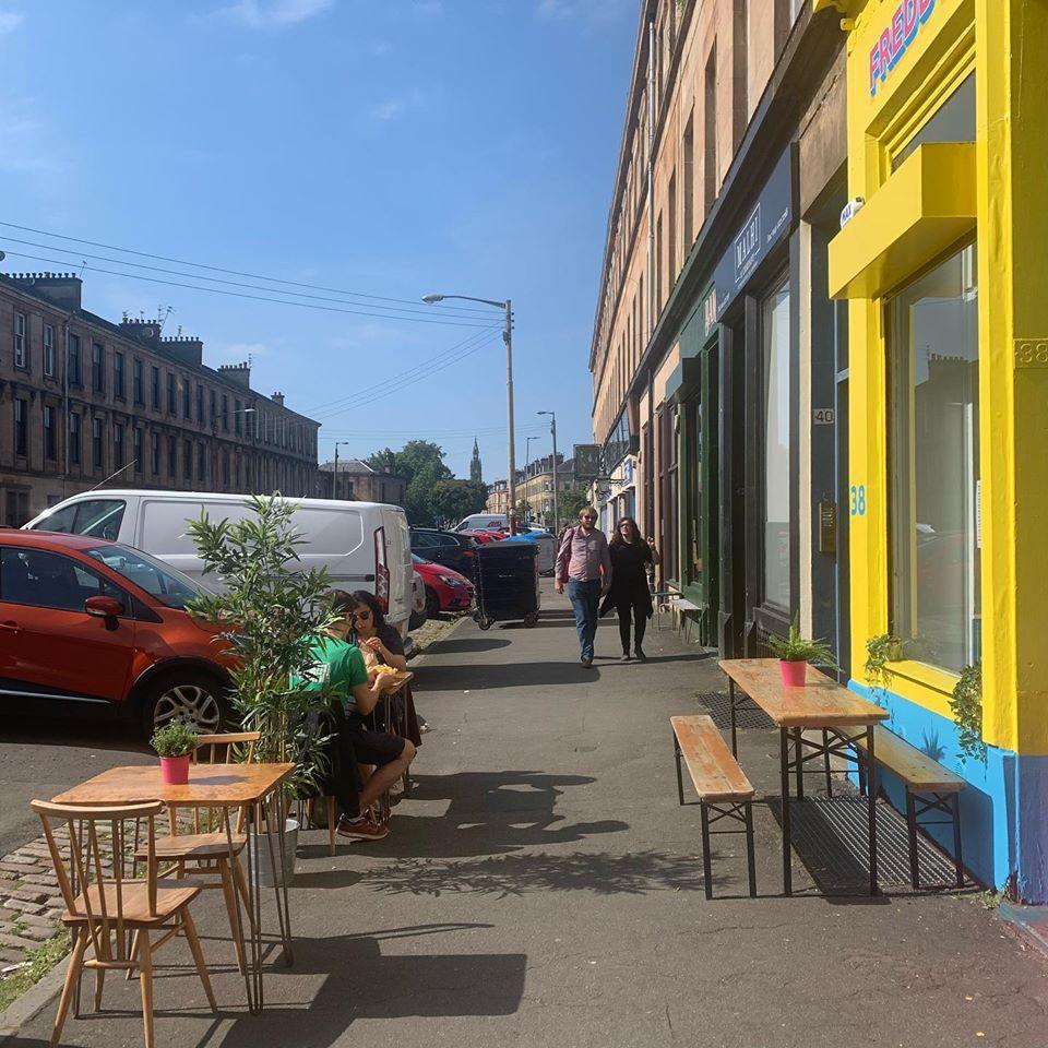 Molly Hankinson unveils new Mural for Glasgow Vegan Street Food Legends Freddy & Hicks glasgow southside nithsdale road