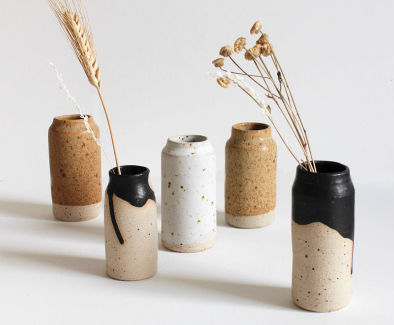KJA STUDIO Textile artist turned ceramicist Kirsty Jay Anderson makes functional stoneware ceramics, minimal, with the rustic and warm feeling you find at home. The vessels themsel