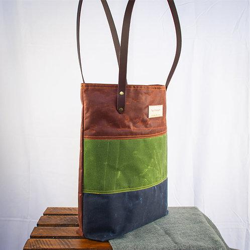 """MORVEN"" Waxed Canvas Tote Bag - Rust/Green/Navy"