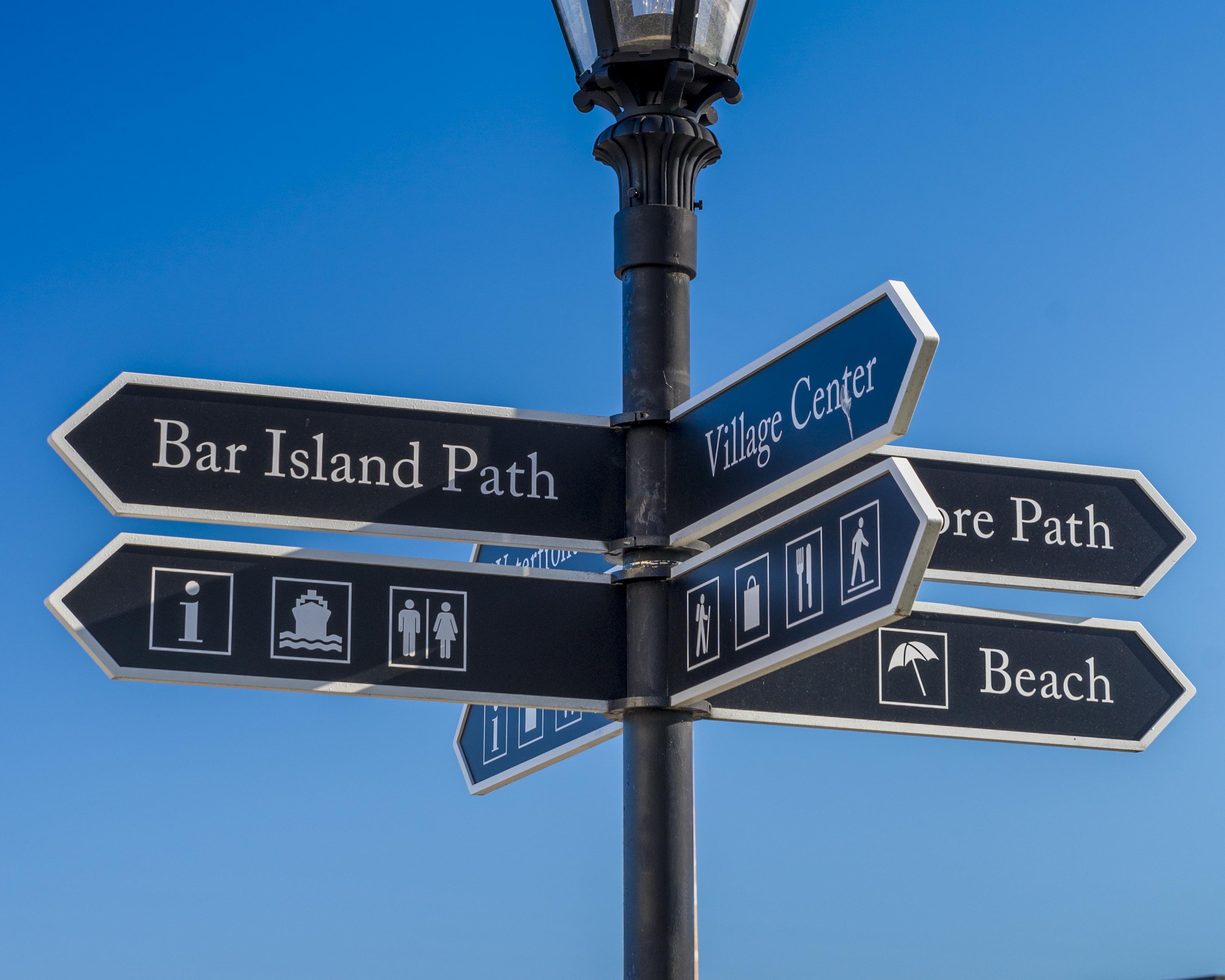 Bar Harbor Sign Post