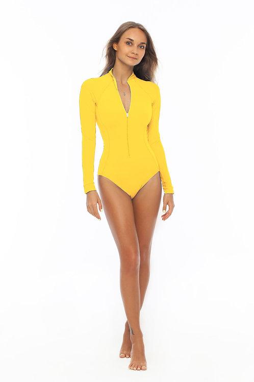 желтый купальник для серфинга