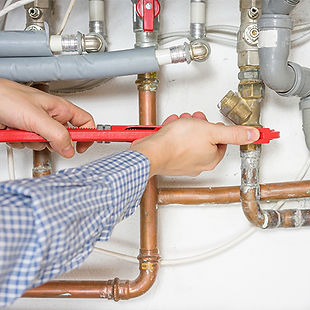 plumber-hands.jpg