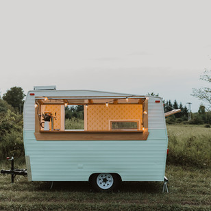Drinks on Wheels: The Spritz Camper Mobile Bar | Guelph, Ontario