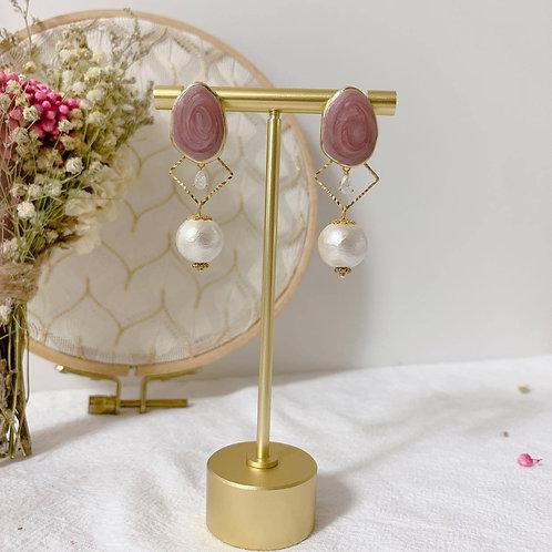 Natari Closet 自家設計深香芋紫橢圓耳釘拼珍珠耳飾