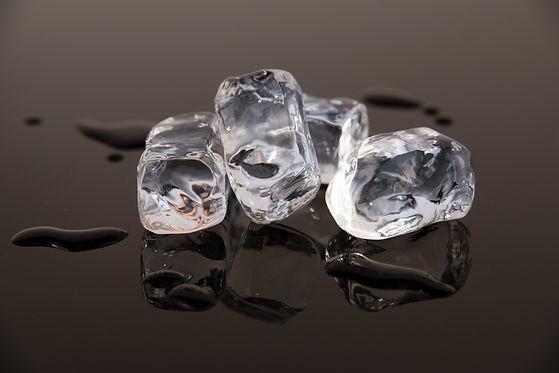 Small acrylic ice cubes.jpg