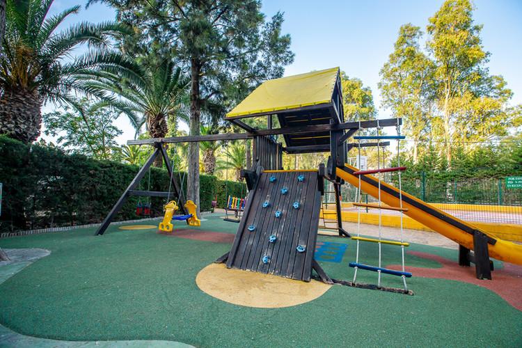 parque infantil camping