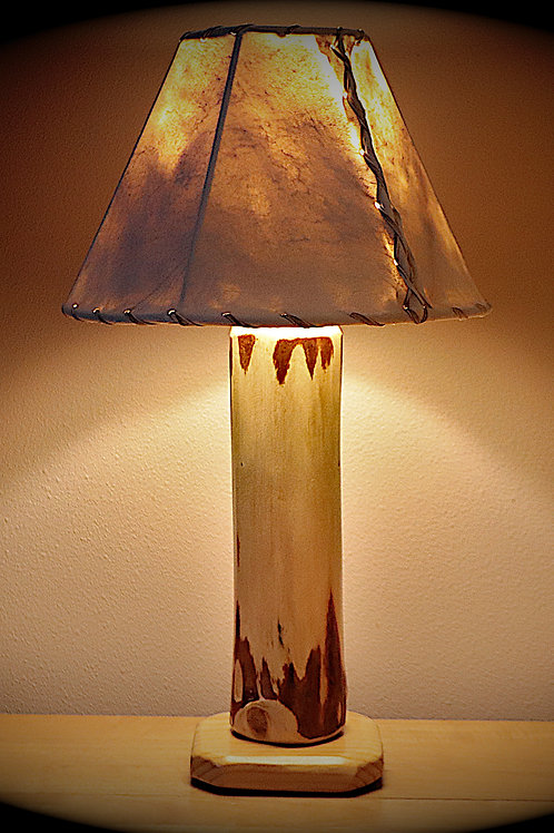 """The Little Sawtooth Mountain Log Table Lamp w/12"""" Rawhide Shade"""