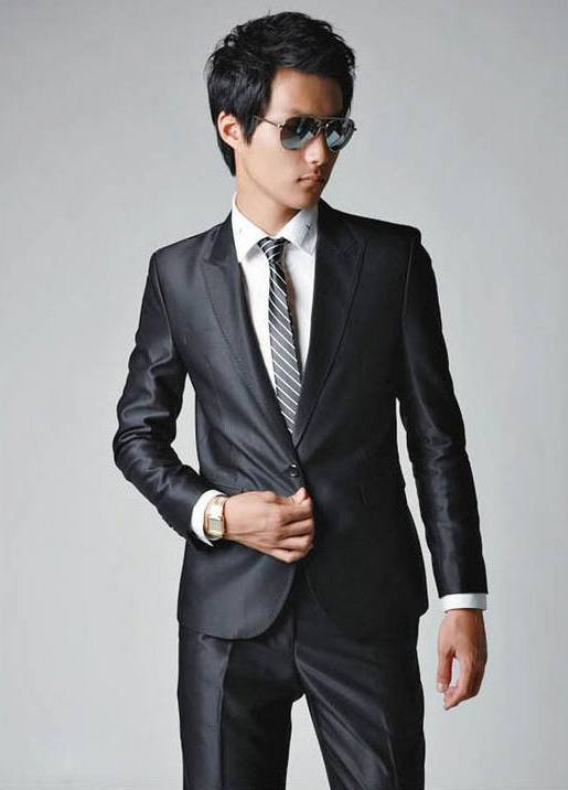 slim fit suit.jpg