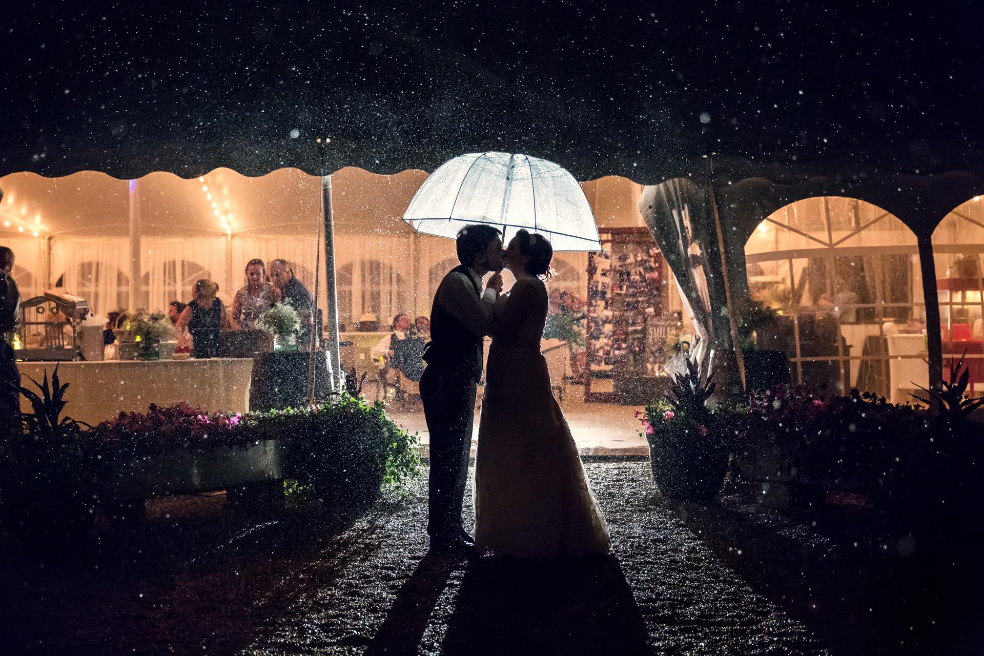 Twinbliss_Photography_Chicago_Weddings_Engagements_Heritage_Prairie_Farm_Illinois