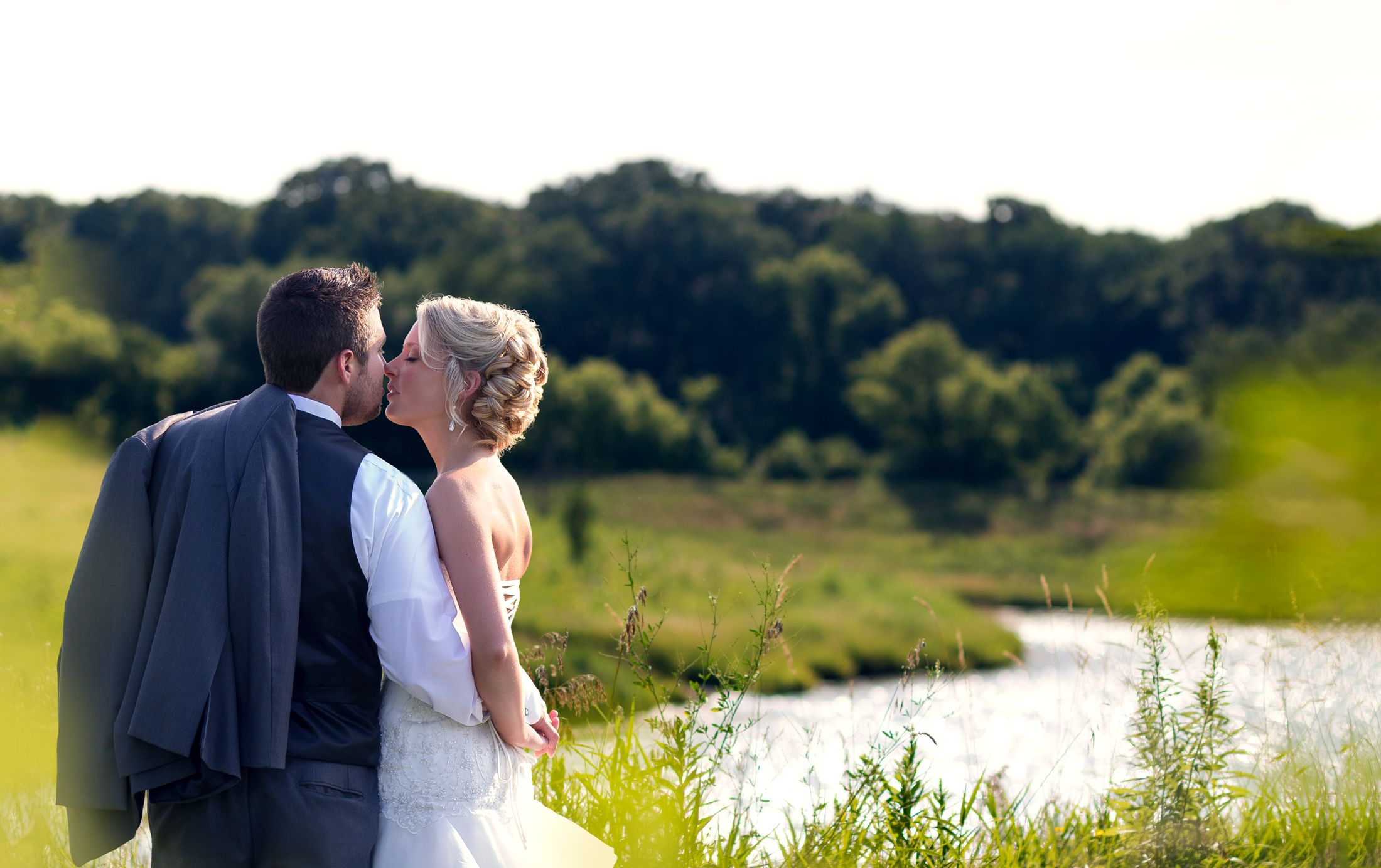 Twinbliss_Photography_Chicago_Weddings_Engagements_Woods_Elgin_Illinois_twins_meachem_Forest_Preserv