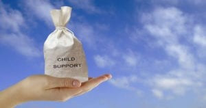 Do Women Have to Pay Child Support to Their Husbands?