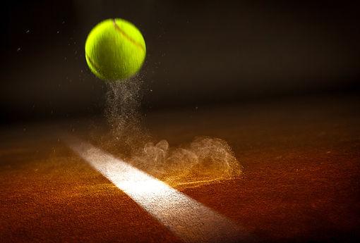 Ball und Linie.jpg