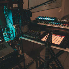 Hyd Home Studio-3.JPG