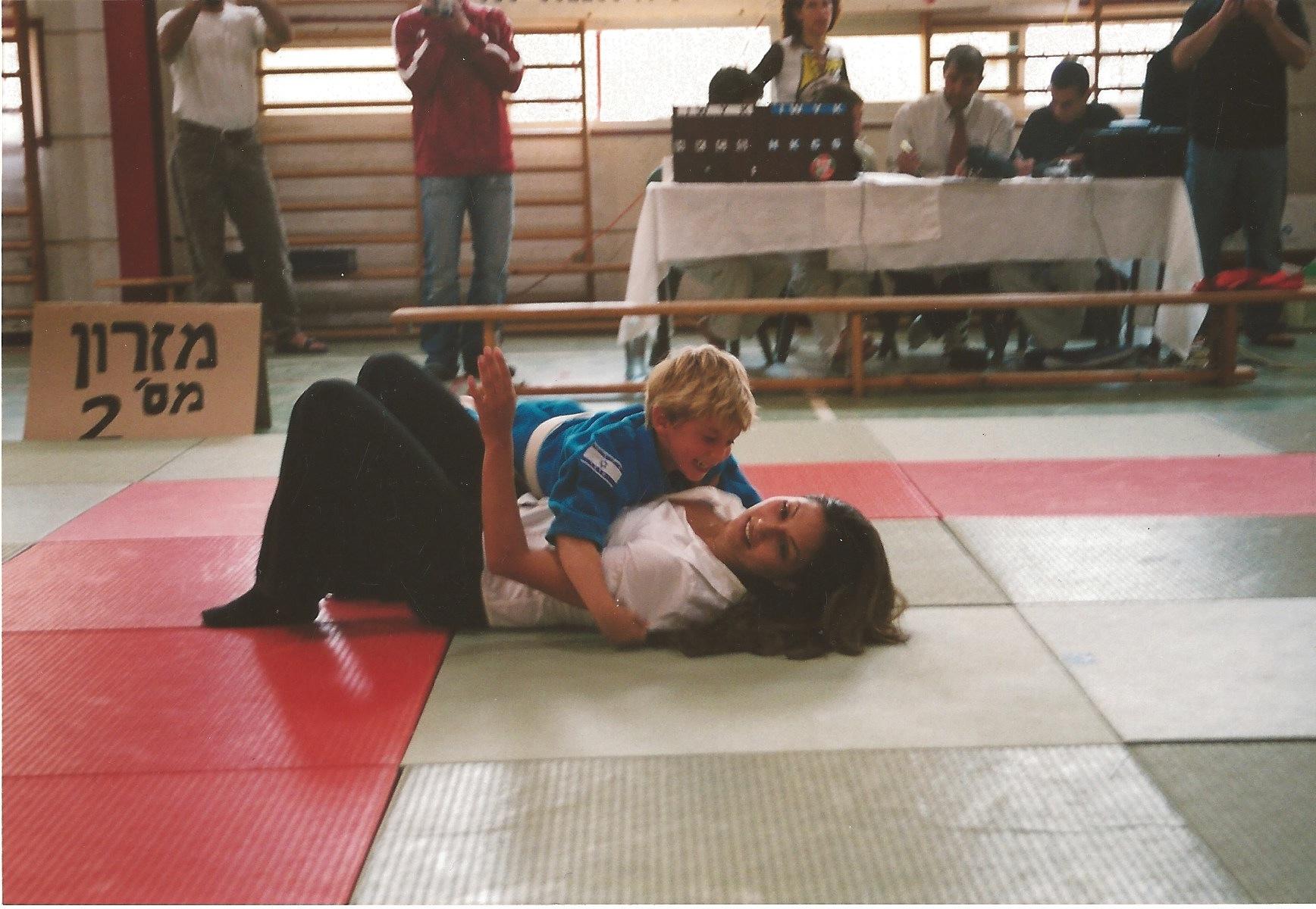 רתם ורחלי 2004