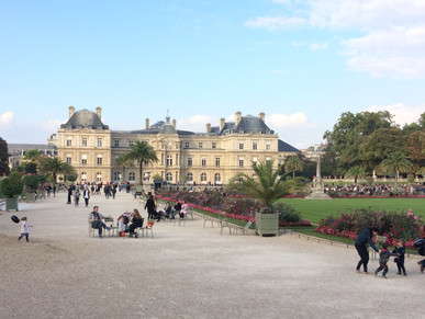 A quiet Weekend day at Luxembourg Gardens