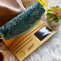 Engraving women wallet