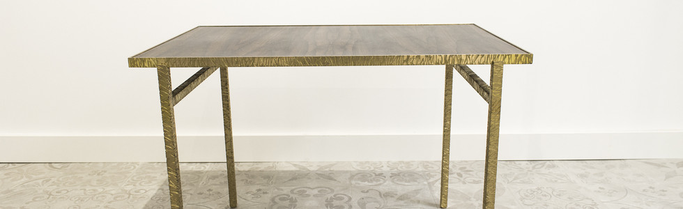 TABLE BASSE HAMMERED BRASS