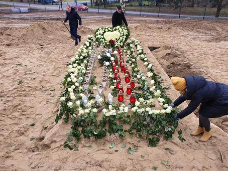 An extraordinary funeral