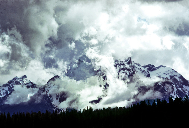 TETONS MOUNTAIN CLOUD-rev.jpg