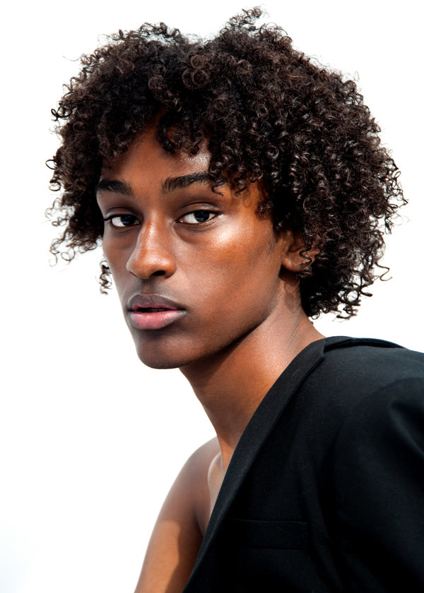 New Face : Simon Tewodros