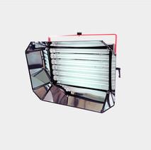 Iluminador Line Pro 6 lâmpadas
