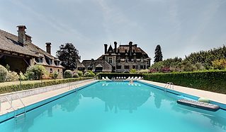Chateau wedding venue with breath-taking views overlooking the Dordogne valley. Sleeps 70, caters for 85