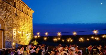 Spectacular hilltop wedding venue - courtyard