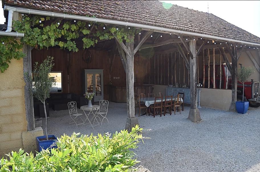 Idyllic rural wedding venue