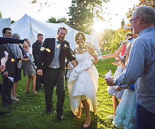 Our fun-loving British photographer divides her time between the UK and the Dordogne, pursuing her passion for wedding photography