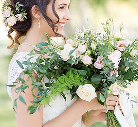 For unforgettable wedding flowers in central France