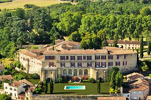 Regal Chateau steeped in history and family heritage in an unforgettable setting. Sleeps 42, caters for 600+.
