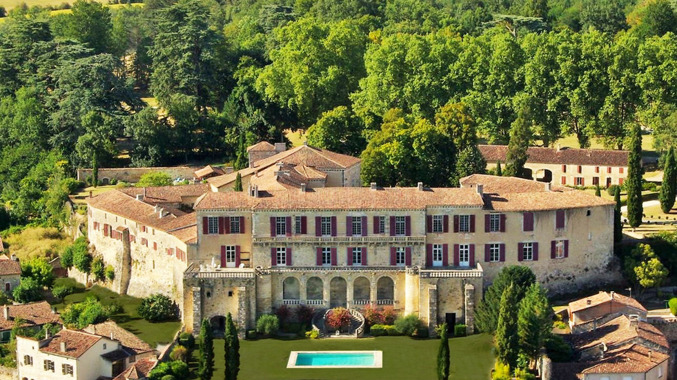 Exceptional Chateau in the South-west