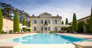 Beautiful 17thCentury Chateau with tennis court and huge swimming pool. Sleeps 26, caters for up to 150