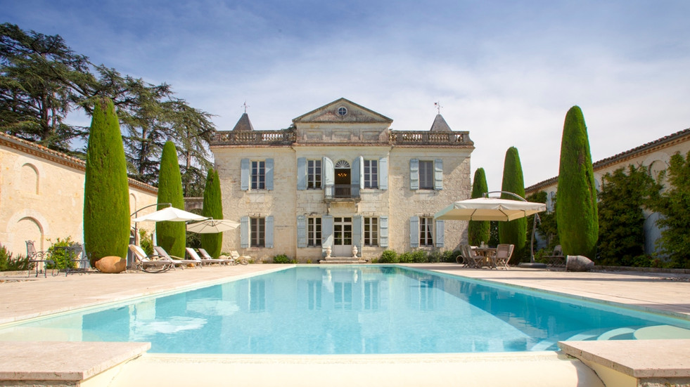 Lovely 17th Century Chateau Wedding Venue