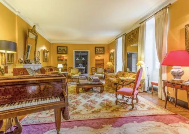 Historical Armagnac Castle salon