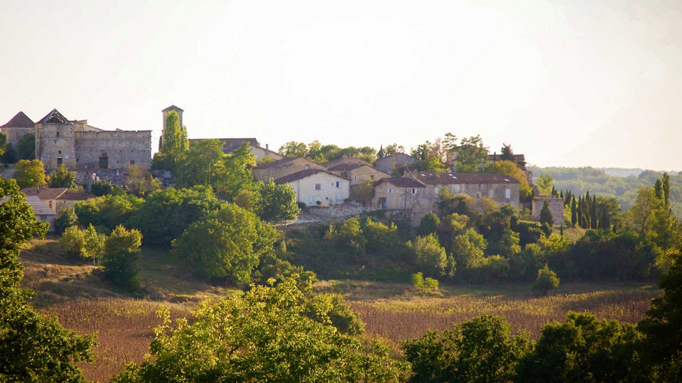 Spectacular hilltop wedding venue - countryside