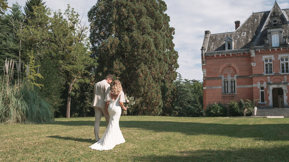 Majestic 19th century château in the South-west - newly weds