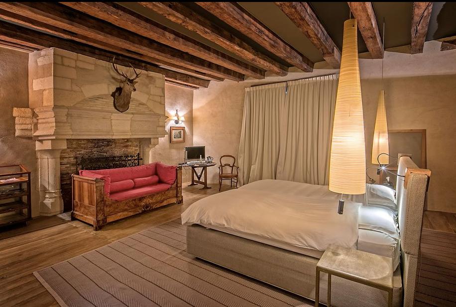 Elegant 15th Century Charente Chateau