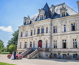 Romantic wedding chateau estate near Bordeaux with beautiful parkland and swimming pool. Sleeps 51, caters for 150 +