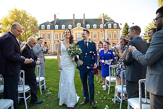 This professional duo provide creative photography and videography for couples at wedding venues throughout France and Europe