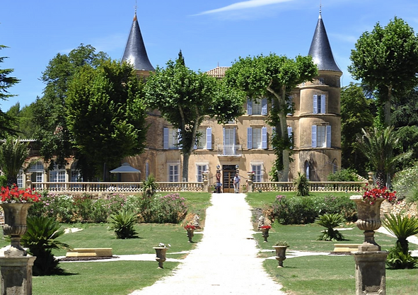 Chateau wedding venue in Languedoc-Roussillon, south of France