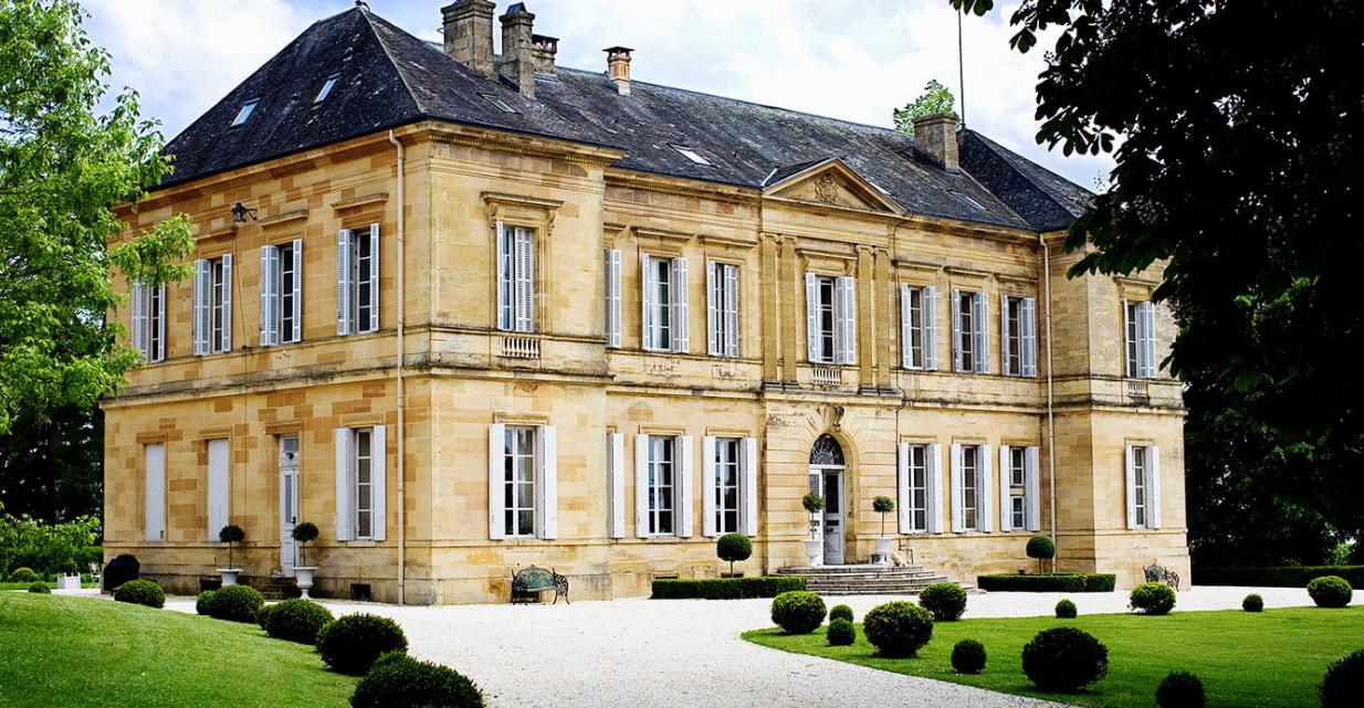 Luxury 19th century château venue - main