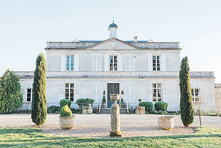 Stylish Chateau set in peaceful parkland. Sleeps 15 with additional accommodation nearby. Caters for up to 100